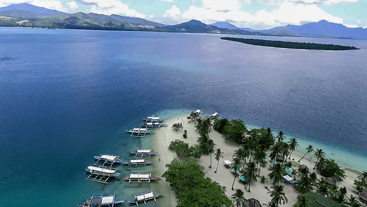 cowrie island honda bay tour island hopping palawan philippines drone photo